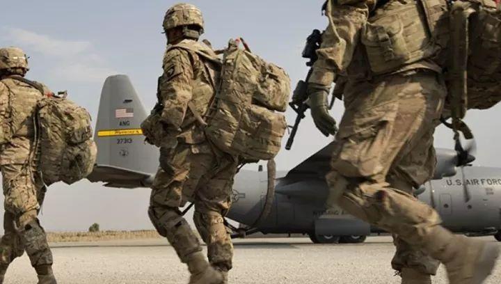 ناټو او امریکا له افغانستانه د بهرنیو سرتېرو پر وتلو خبرې کړې