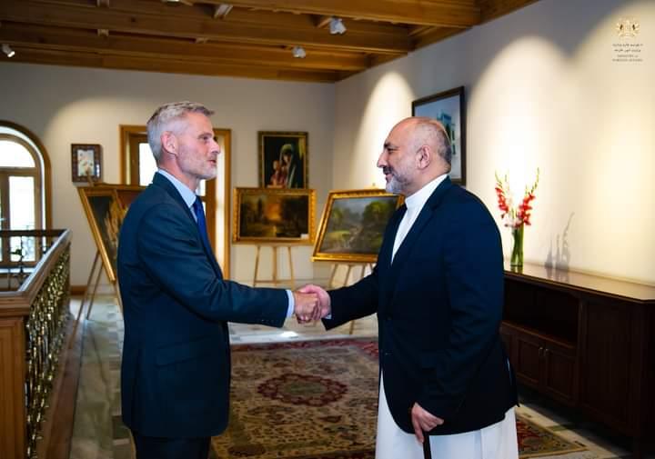 آلمان: پر افغانستان سختې ورځې راغلي؛ یواځې یې نه پرېږدو