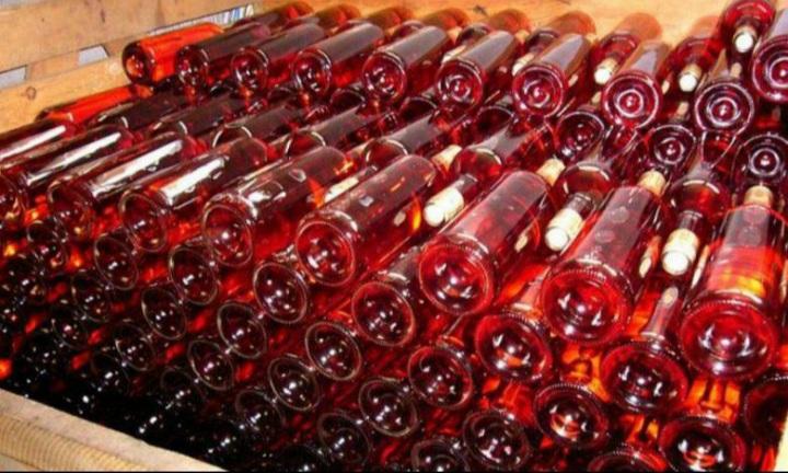 کابل کې پنځه زره لېټره شراب ونیول شول.