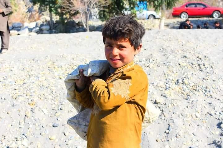 مرسته کوونکي هېوادونه دې افغانستان سره مرستې ډیرې کړي.