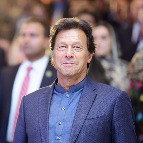 عمران خان وایي، د سیمې ثبات له افغان سولې پورې تړلی.
