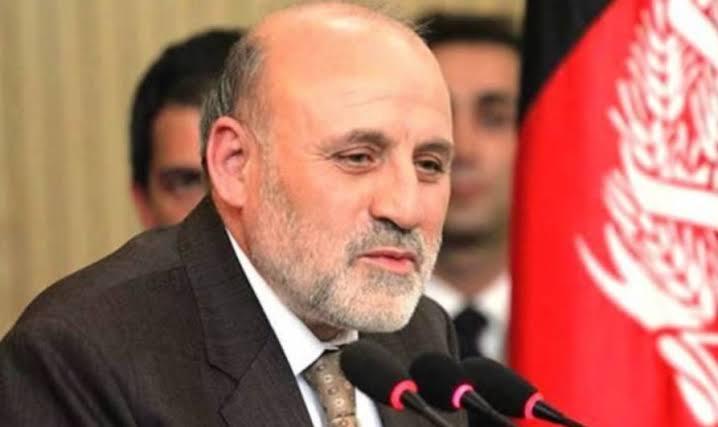 عمر داودزی: پاکستان پوهه شوی، چې امن افغانستان کې یې ګټې نغښتي دي
