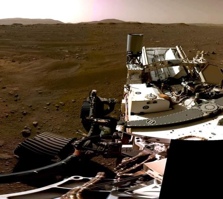 امریکایي روبوټ مریخ کې څه کوي؟